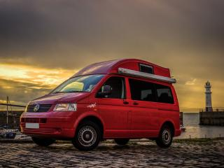Adventure Wagons VW Camper Van Hire Edinburgh, Edimburgo