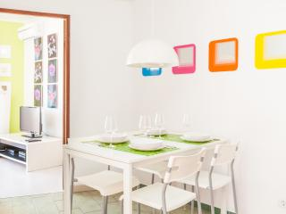 Holiday Apartment - Old Town ( Recently renovated), Albufeira