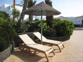 Apartment with glorious sunset & golf views, Golf del Sur