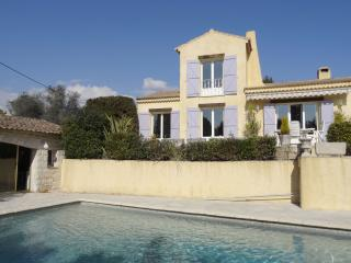Superb Villa with pool and garden, 8 guests, Mouans-Sartoux