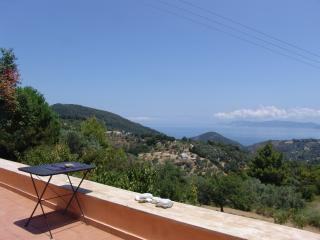 Artist Cottage-complete privacy in nature-sea view, Skopelos