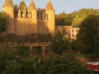 Spacious house in Josselin, Brittany, near canal