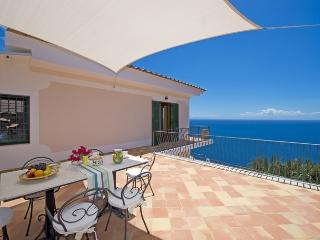 Lovely villa with sea view - V739, Praiano