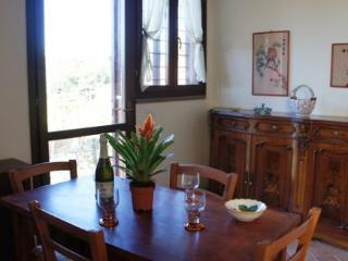 Two Bedroom Split Level Apartment San Gimignano at Forrest