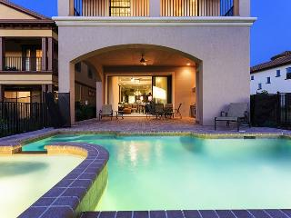 Magnificent Manor | Luxury Contemporary Villa with West Facing Pool, Built In BBQ, Pool Table & 50-Inch LCD TV with Home Theater Sound System, Kissimmee