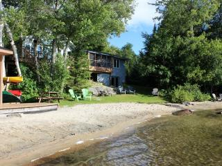 Halls Lake Cottage, Haliburton