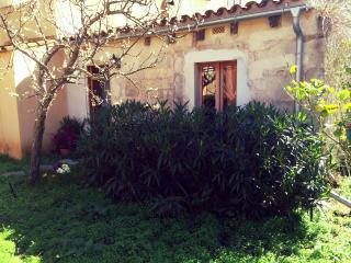 Cozy cottage in the center of Arta