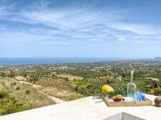 Breathtaking Panoramic Views of the Valley & Sea!, Rethymnon