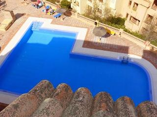 2 Bedroom Penthouse in Duquesa, Manilva
