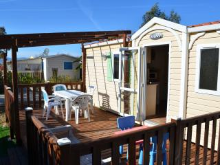 Mobile Home - in HYERES, S of France 300m from sea, Hyeres