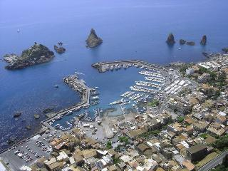 Apartment in Catania, near Etna and Taormina, Acitrezza