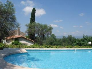 Family house in a quiet environment, Mougins