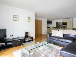 City Apartment - with parking, Brighton