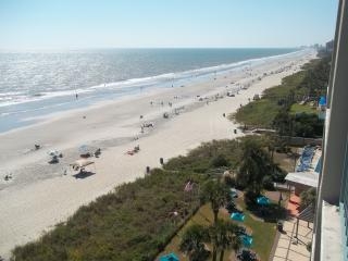 Oceanfront Studio with Awesome Views!! Sleeps 4, Myrtle Beach