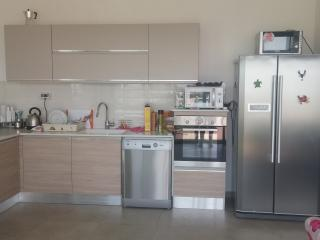 Holiday Home with private pool, Eilat
