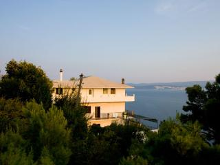 Apartments Stanic Omis - Apartment A2, Stanici
