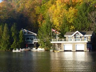 Lake Joseph Muskoka Cottage Rental, Mactier