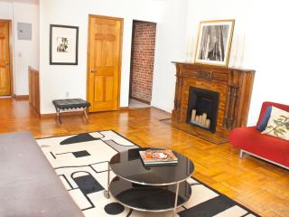 Central Park Apartment Duplex - 1 Bedroom 2 baths, New York City