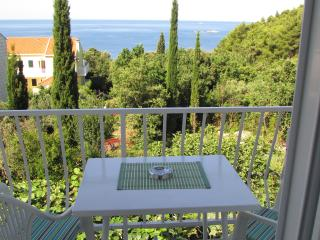 Sea view family apartment 4+2, Cavtat