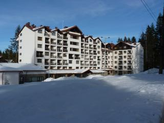 Your perfect ski trip apartment for 6 people, Borovets
