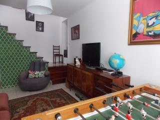 Amazing room in the other side of the river, Almada