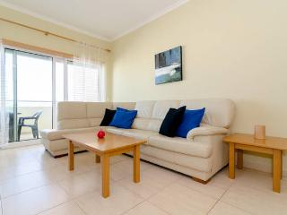 Apartment between beach and centre of Portimao