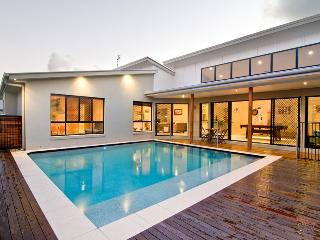 Island Home - Sunshine Coast, Parrearra