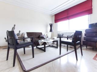 Huge flat in best location 401, Casablanca