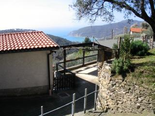 Country house with garden and sea view, Moneglia