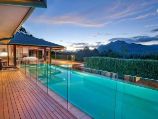 BELLINGEN VILLA - Contemporary Hotels, Bellingen