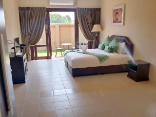 Chaweng Brand New Spacious Bungalow
