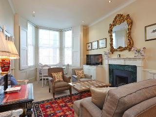 Comfortable two bedroom property in the heart of Kensington.
