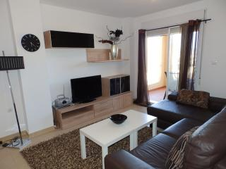 AZ07- 2 Bed Apt in San Gines, La Azhoia, Sea Views, La Azohía