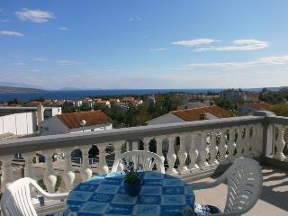 Apartment Angela 'Blue' with a Sea view, Krk