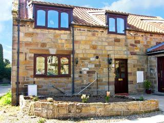 BARN COTTAGE, barn conversion, ideal for couples, with three bedrooms and a spacious sitting room, in Hinderwell, Ref. 921859