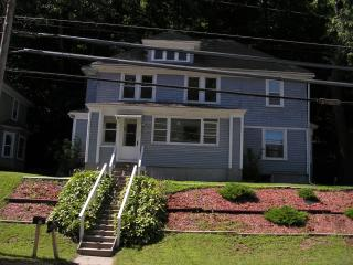 Mac's Place - 5 mins to All Star Village, Oneonta