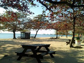 Wake up to a perfect white beach! Family Vacation, Calatagan