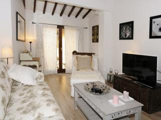 Light rooftop apartment, Florence historic center, Florencia