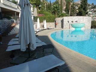 APARTMENT IN THE LUXURIOUS RESIDENCE, Taormina