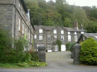 The Mounting Steps, Ambleside
