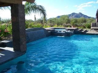PRIVATE GATED LUXURY ESTATE with MOUNTAIN VIEWS!!!, Scottsdale