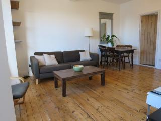 Lion House - first floor apartment, Manorbier