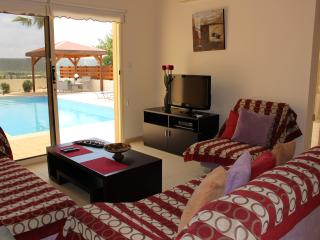 Villa Angelos, Pissouri