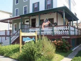 822 Stockton Cottage 102402, Cape May