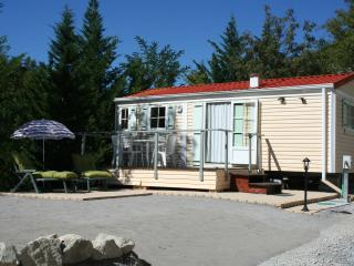 Charming 2-bedroom modular home, Puget Theniers