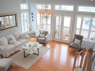 Lavish and Upscale Vacation Rental, Annapolis