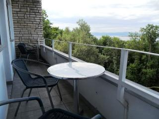 Relaxi 5 for 5 with air conditioning, Wi-Fi, Dramalj