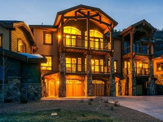 Fairway Villa 5 with Full Access to Miners Club, Park City