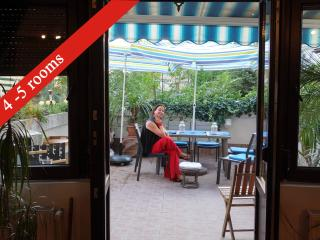 140m², Best Stay in Old Bucharest, 15' Old Center