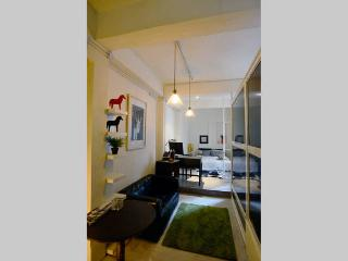 Studio Apartment in the heart of Hong Kong